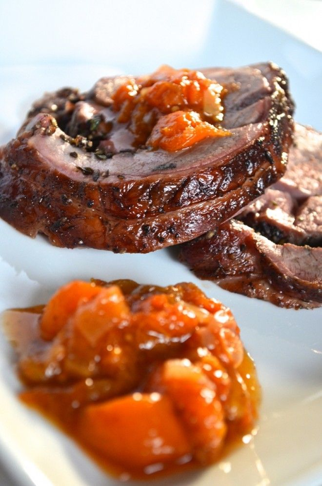 Smoked lamb with apricot chutney