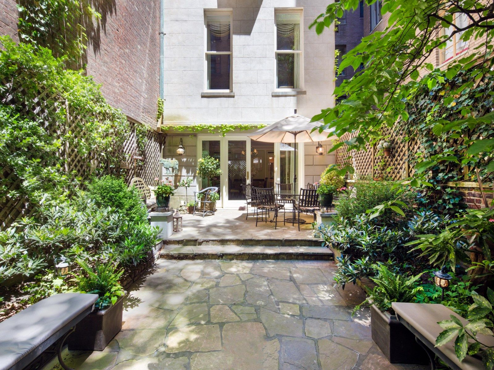 NYC 40 E 67th St garden Luxury real estate, Luxury homes