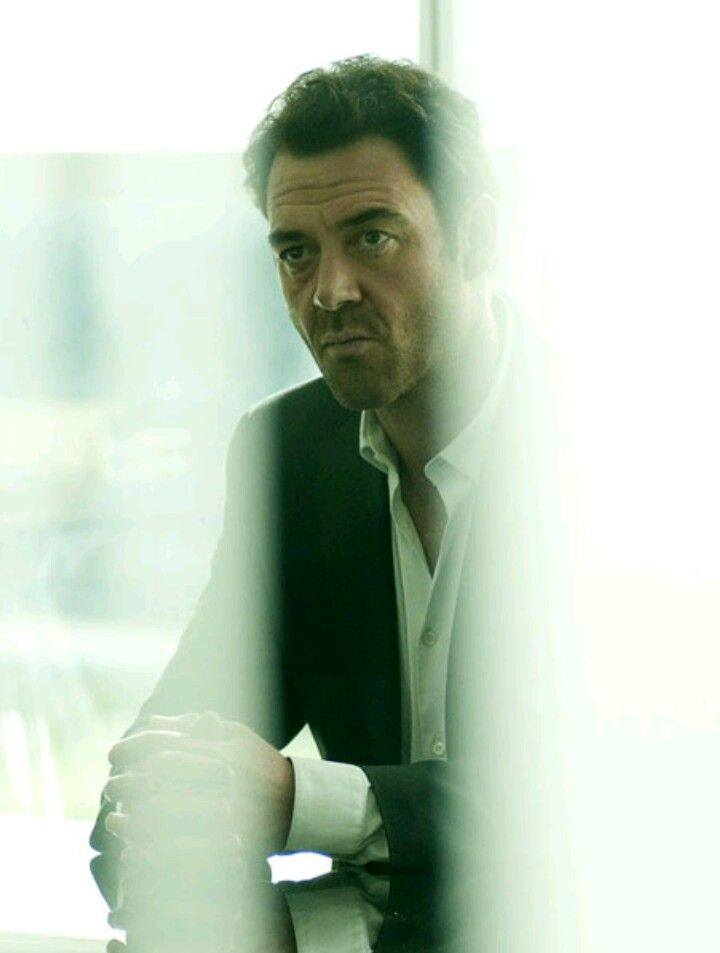 Marton Csokas in Falcon - what an astonishing series - and ...