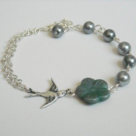 Little Bird Chain Bracelet, Charm Bracelet, Friendship Bracelet, Pearls bracelet, Gift, Jeans Bracelet, Bridal