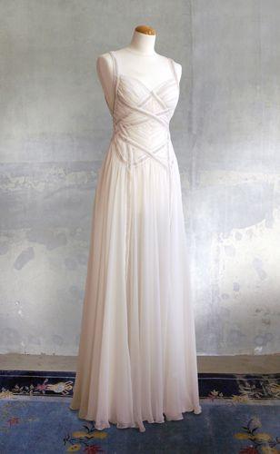 Remshardt -zartes Brautkleid Hochzeitskleid aus Seidenchiffon und ...