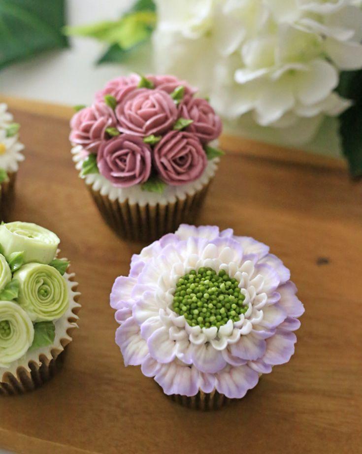 – Buttercream flower cupcakes. Student work - Buttercream flower cupcakes. Student work. - -