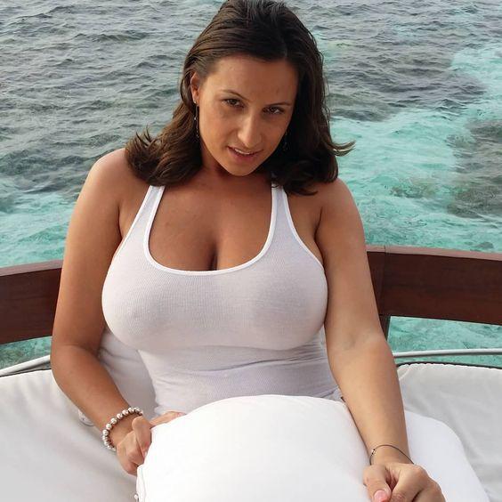 Pin di big boobs