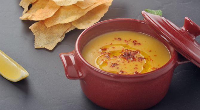 P شوربة العدس هي ملكة الشوربات في المطبخ العربي وتختلف قليلا من بلد إلى آخر على حسب الإضافات هذه الوصفة على الطريقة الحلبية X2f P Recipes Cooking Food