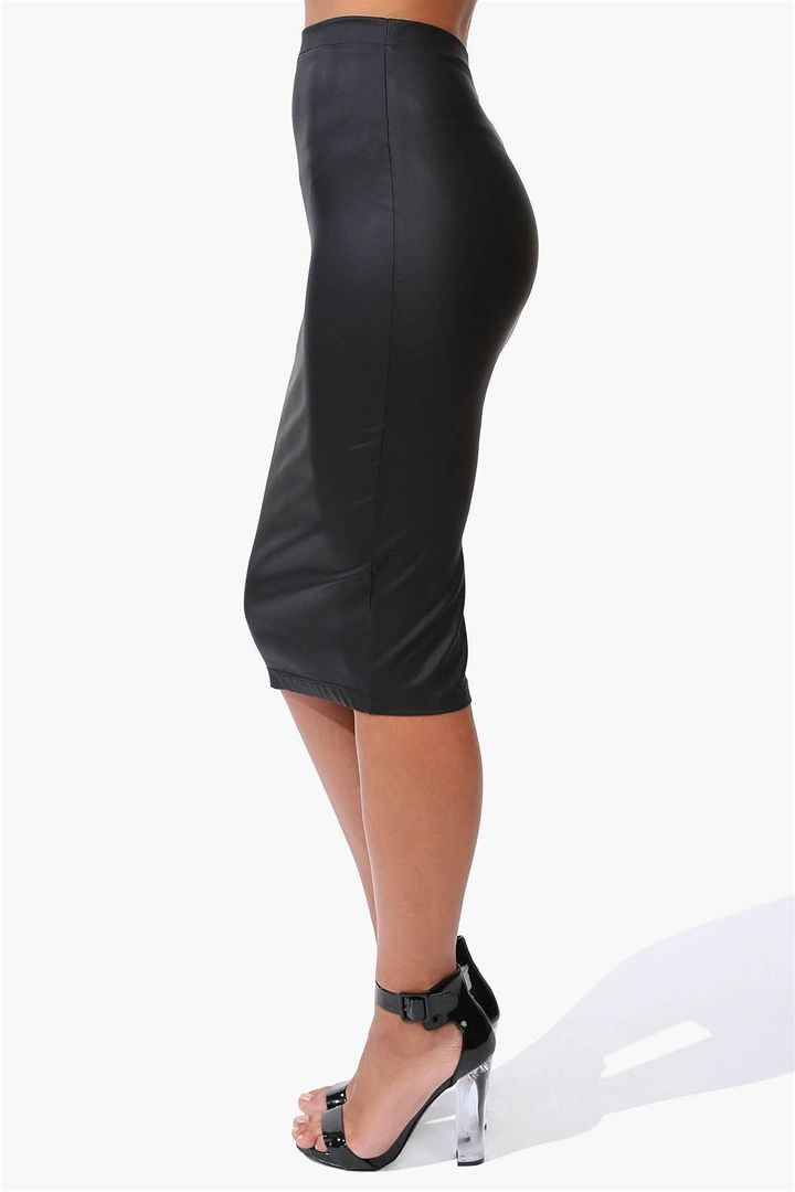 liquid leather pencil skirt in black i wish i could