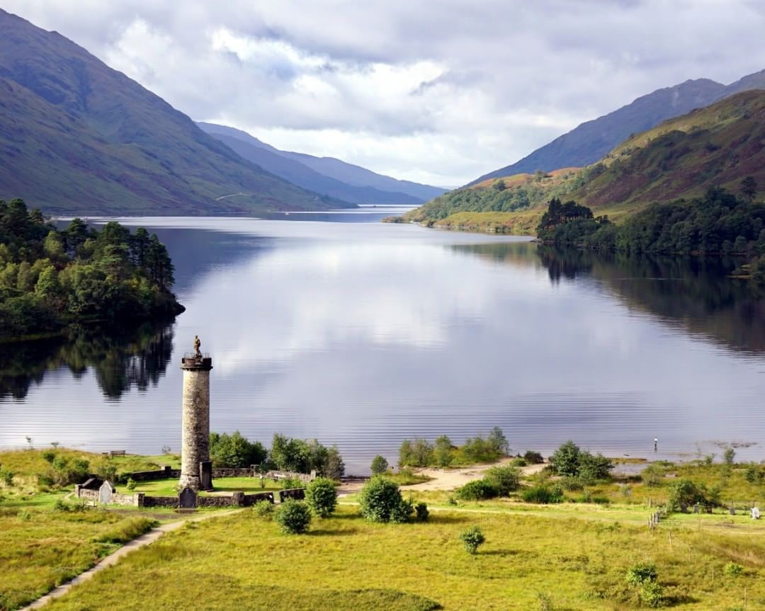 Glenfinnan Monument And Loch Shiel Scotland Scottishhighlands Glenfinnan Glenfinnanmonument Lochshiel Landscapepho Glenfinnan Monument Instagram Monument