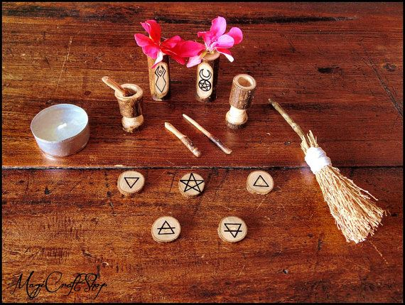 Magic Spells To-Go: How to create portable spell bags and miniature temples