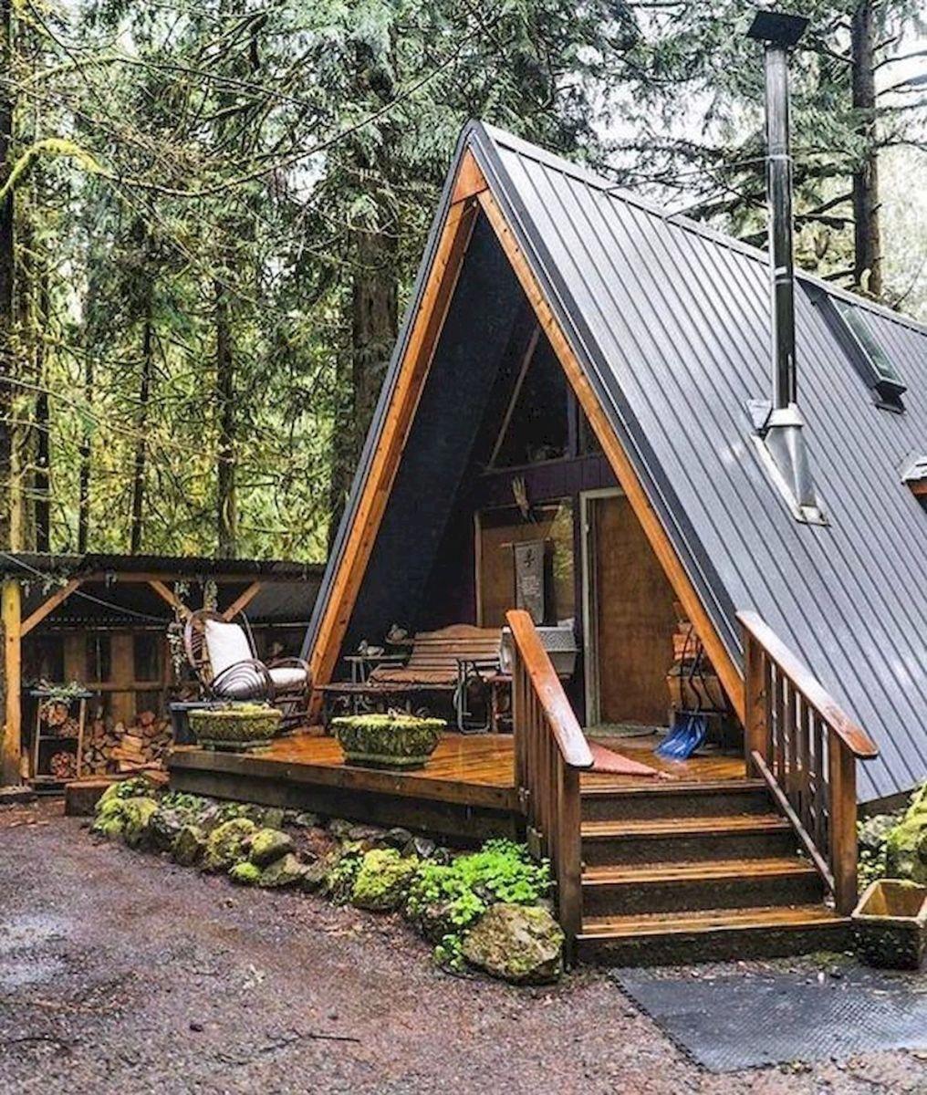 70 Ideias De Design De Casas De Campo De Madeira Pequenas Fantasticas 21 Aframeinterior In 2020 Building A Tiny House Small Log Cabin Log Cabin Homes