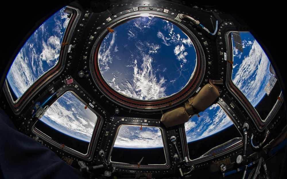 10 Incredible Space Photos From Astronaut Don Pettit S New Book Space Station International Space Station Space And Astronomy