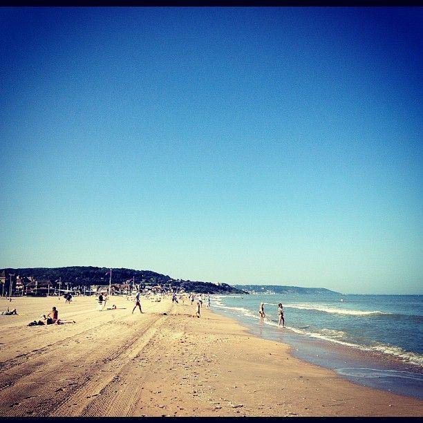 Deauville si près de la mer