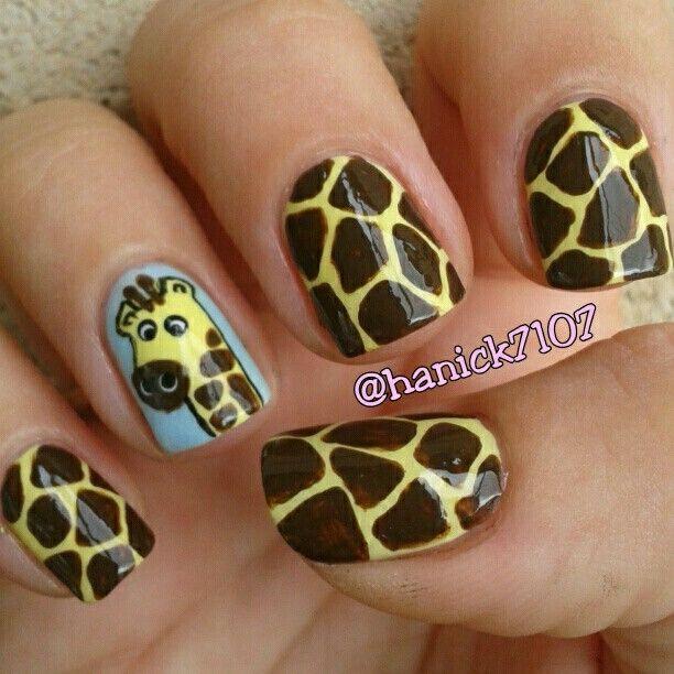 Giraffe by Hanick7107 #nail #nails #nailart