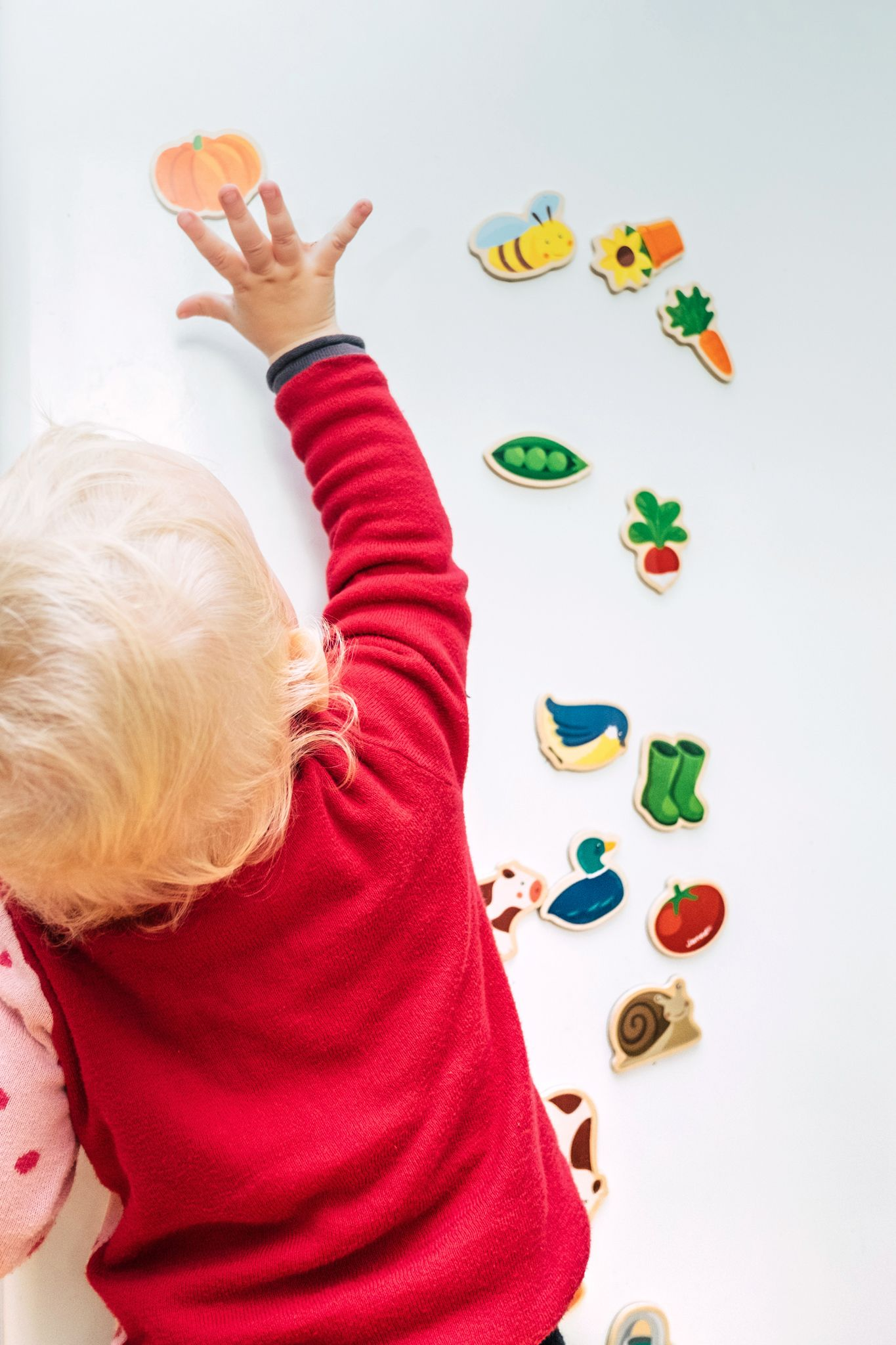 Montessori Geschenke 10 Ideen Ab 1 Jahr The Krauts Geschenk Kind 2 Jahre Geschenke Fur Kleinkinder Geschenke Fur 1 Jahrige