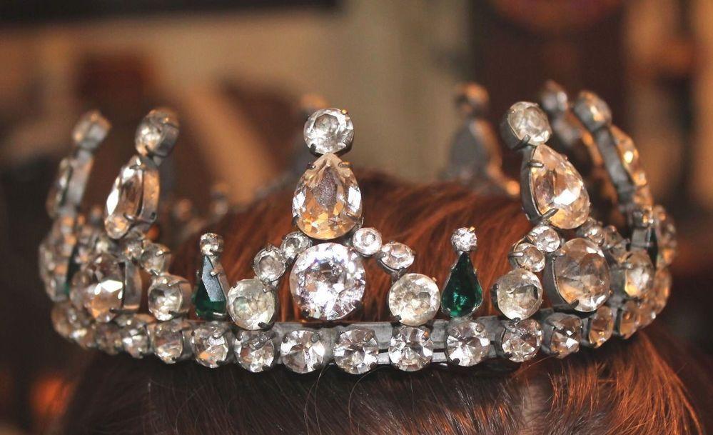 Balenciaga Crown #Balenciaga