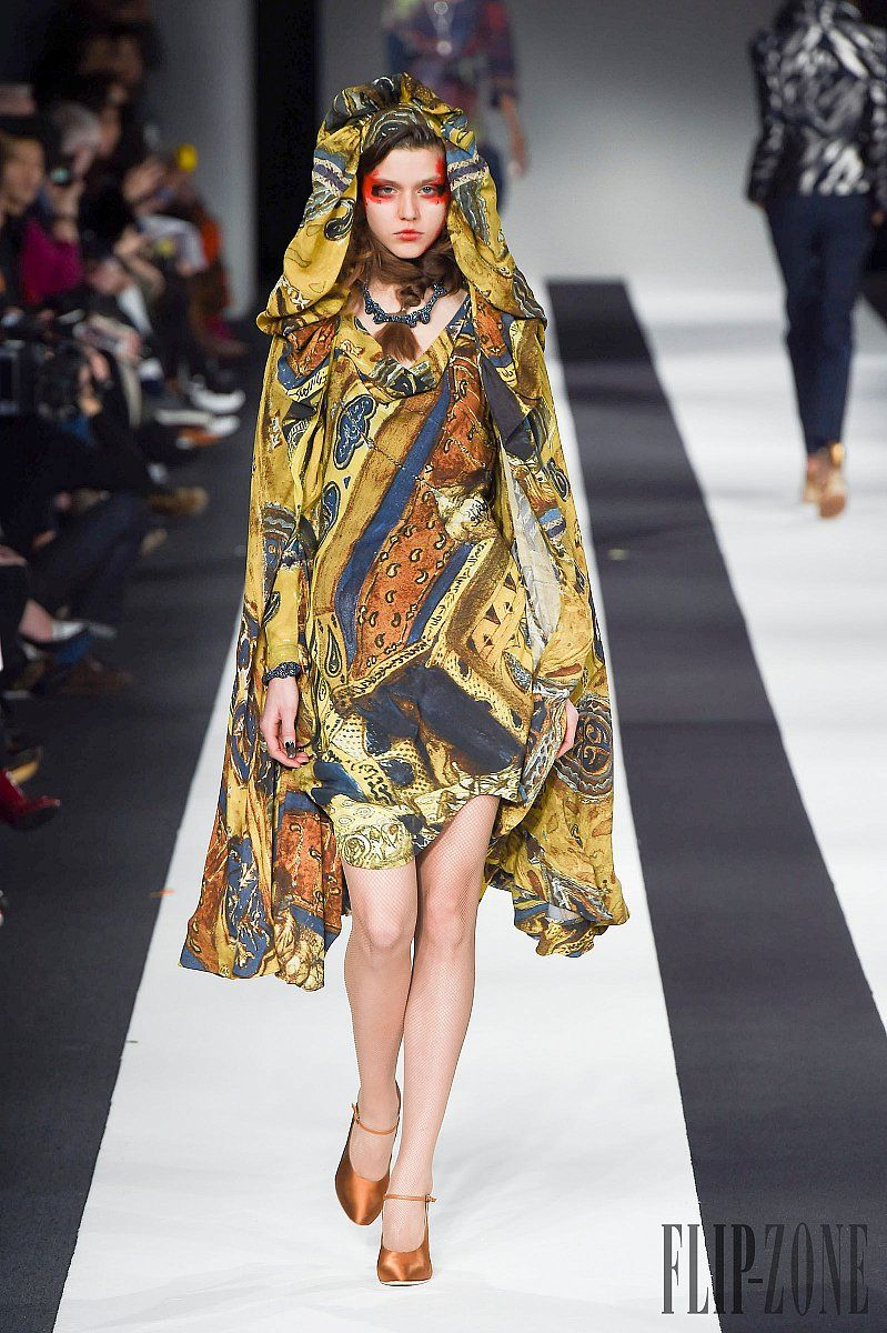 Vivienne Westwood Red Outono-Inverno 2015-2016 - Prêt-à-porter