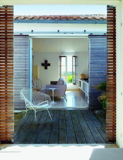 À Sainte-Marie-de-Ré, une maison moderne inspirée de lu0027architecture