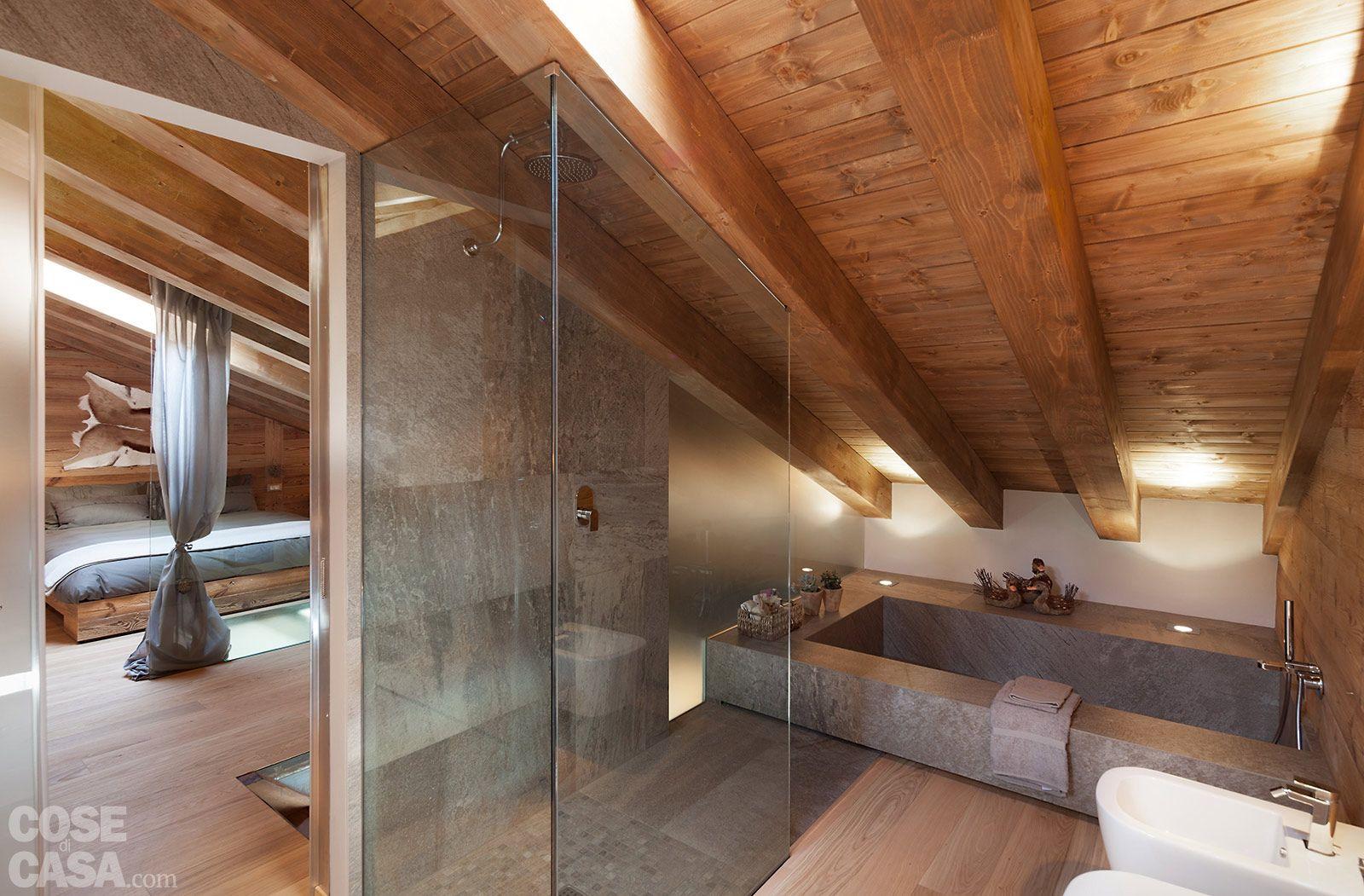case di montagna interni di stile con i marmi margraf. Chalet Moderno Una Casa Di Montagna In Stile Rustico Contemporaneo Cose Di Casa Chalet Design Beautiful Bathrooms Home