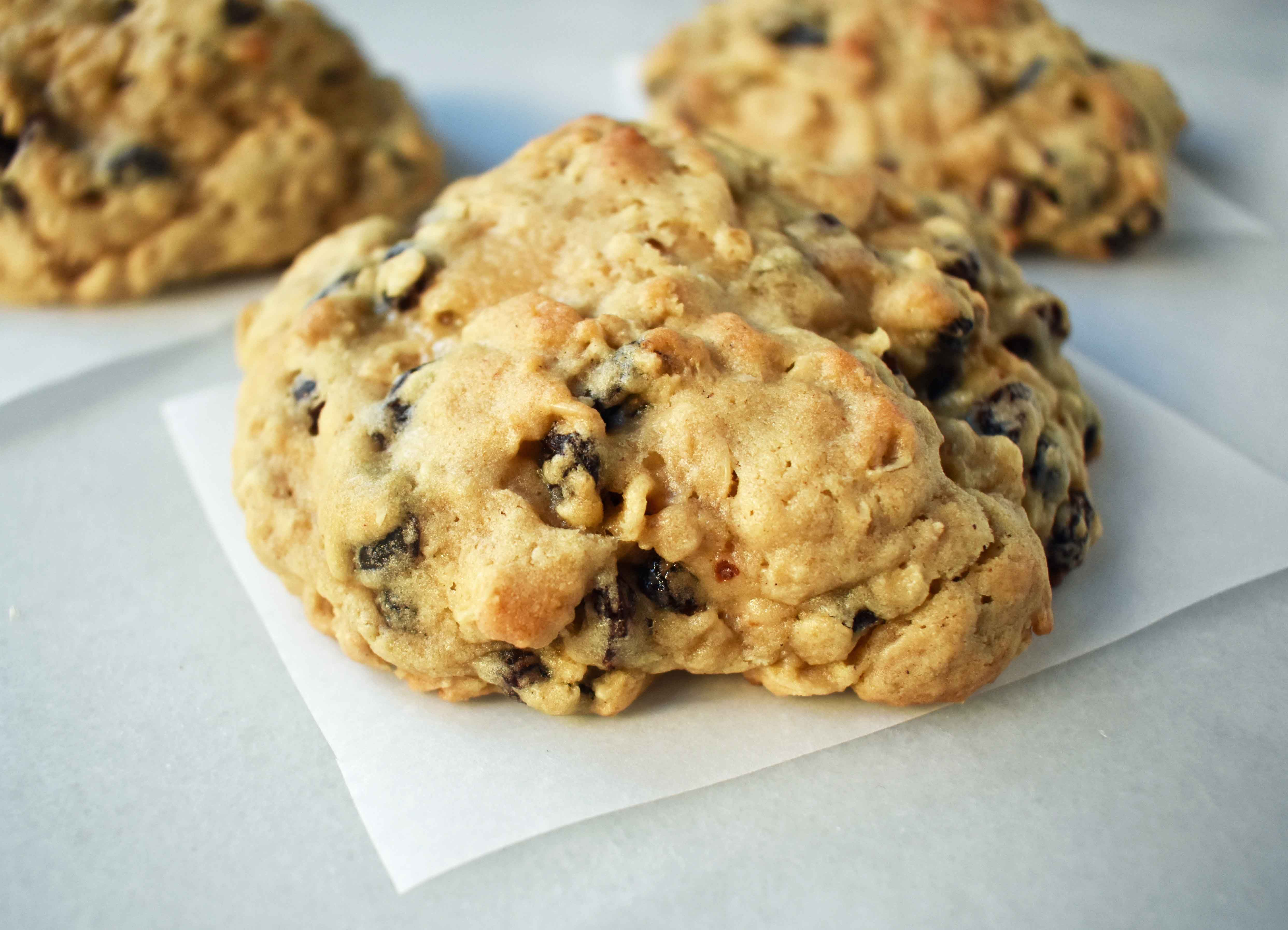 The Original Levain Bakery Oatmeal Raisin Cookie Recipe 5 Star Rating For A Reason The Best