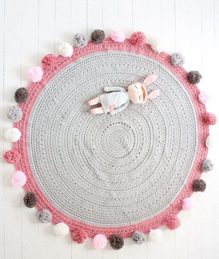 Tapis pom pom Willow gris et pompons multicolores Mooi Baby | déco ...