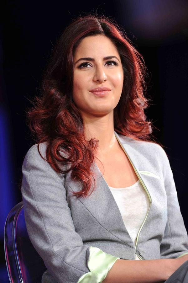 It Made More Sense To Use My Father S Name Katrina On Switching To Kaif From Turquotte Katrina Kaif Katrina Kaif Hot Pics Katrina Kaif Navel