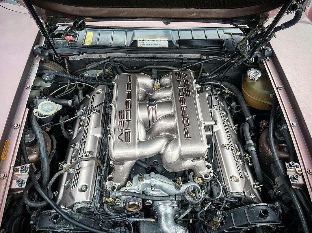 Porsche 928 32v engine bay Porsche 928, Porsche