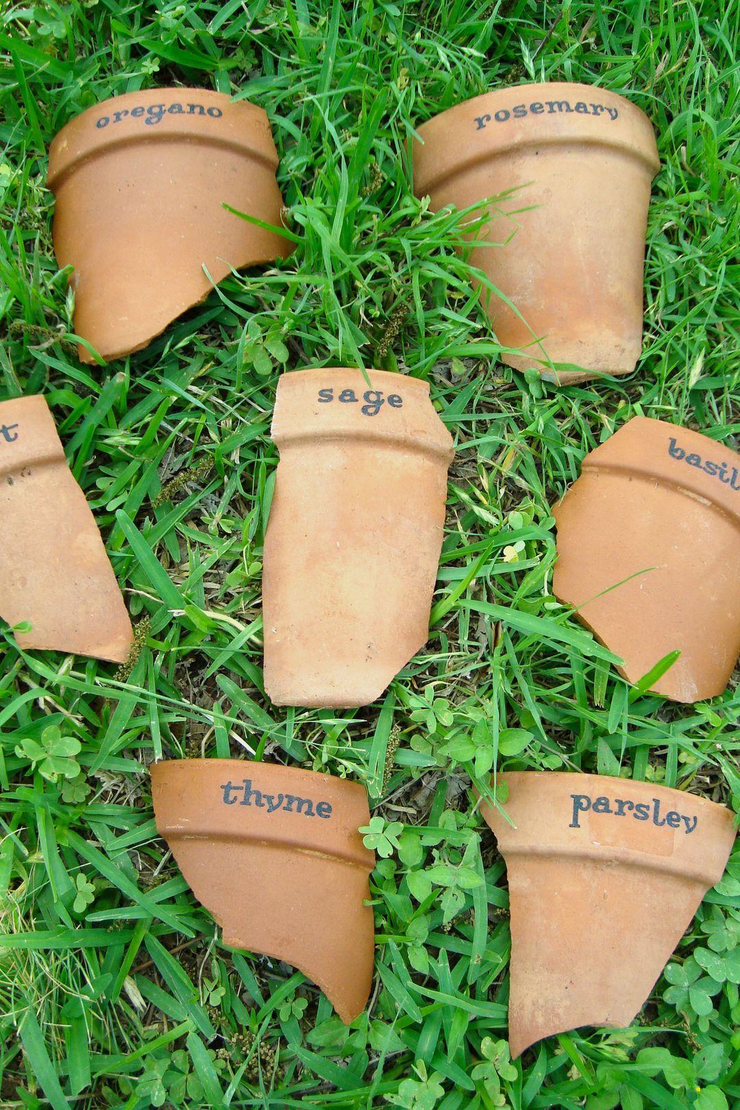 13 creative diy garden marker crafts plants garden