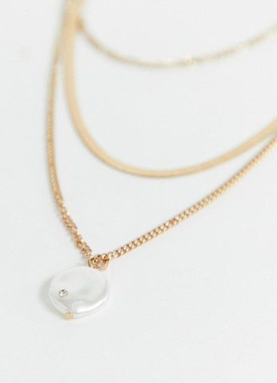 cd17e33e08e Liars & Lovers gold snake chain & pearl layering necklace in 2019 ...