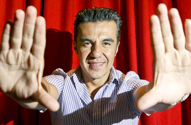 Adrián Uribe regresa a las telenovelas #FamososExpress