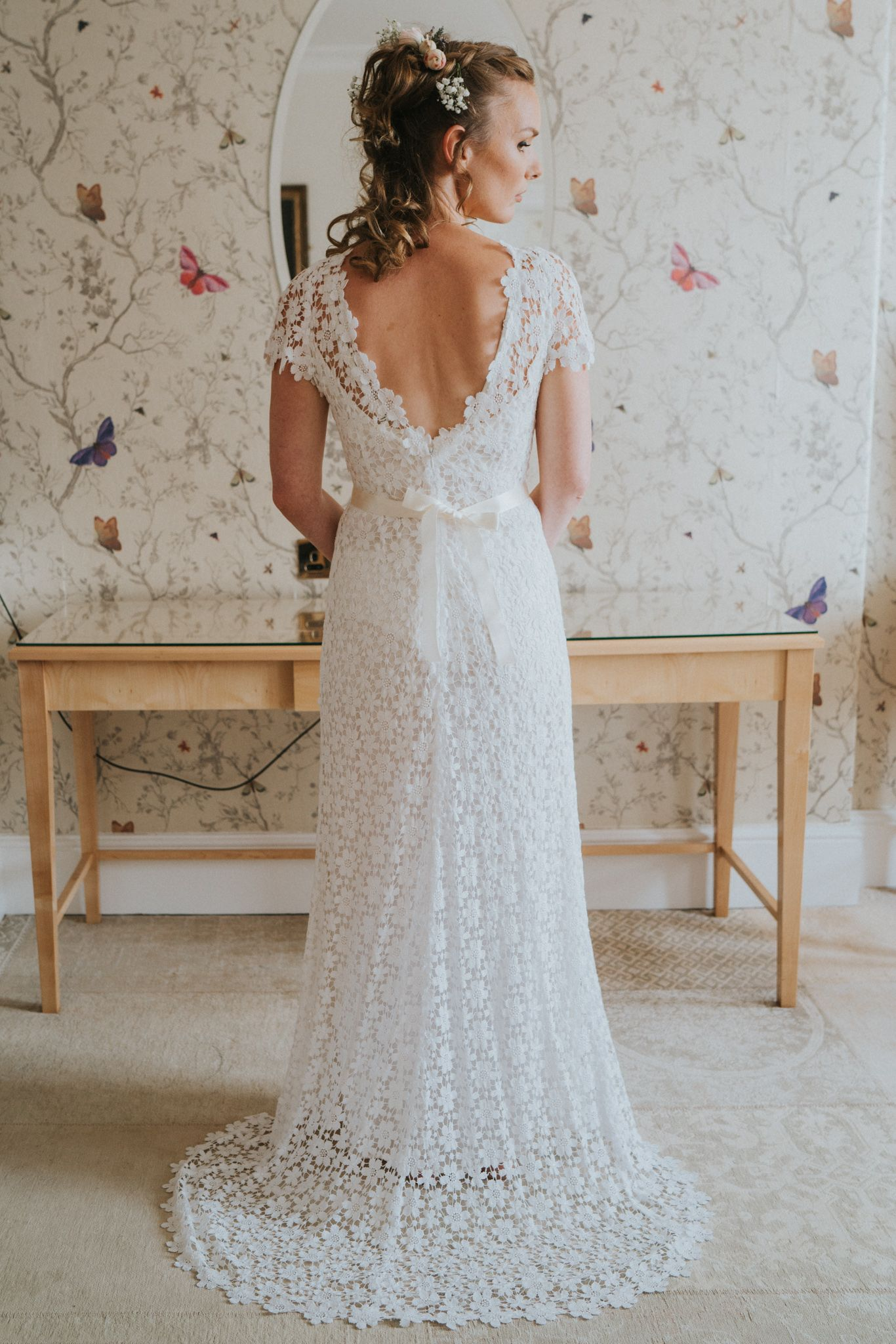 Gorgeous Vintage Looking Lace And Crochet Zetterberg Wedding Dress