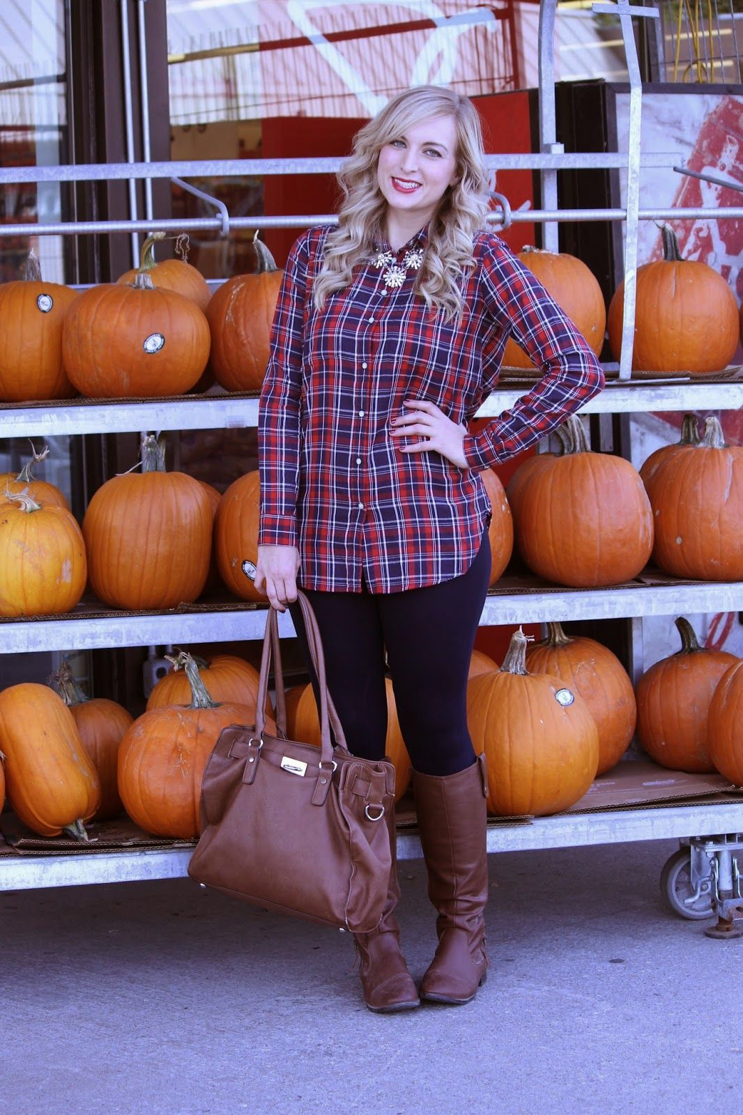 Casual Thanksgiving Outfit Ideas | Save the Pin and read the full post for more outfit ideas!