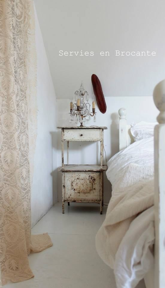 Pin by clauci machado on Cacarecos Pinterest Bedrooms, White