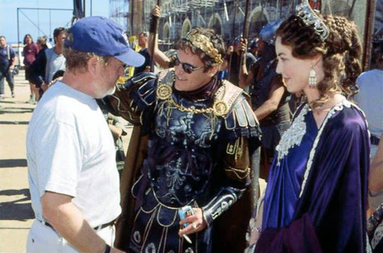 Commodus Tumblr Joaquin Phoenix Gladiator Joaquin Phoenix Hollywood Legends