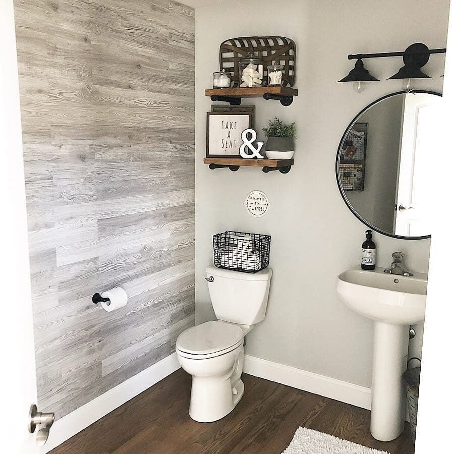 "Photo of Farmhouse Homes 🏡 on Instagram: ""This farmhouse bathroom reno is a 10/10 for us! 😍 We love all the new details! 👀 What do you think? TAG a friend who will love this! 👇…"""