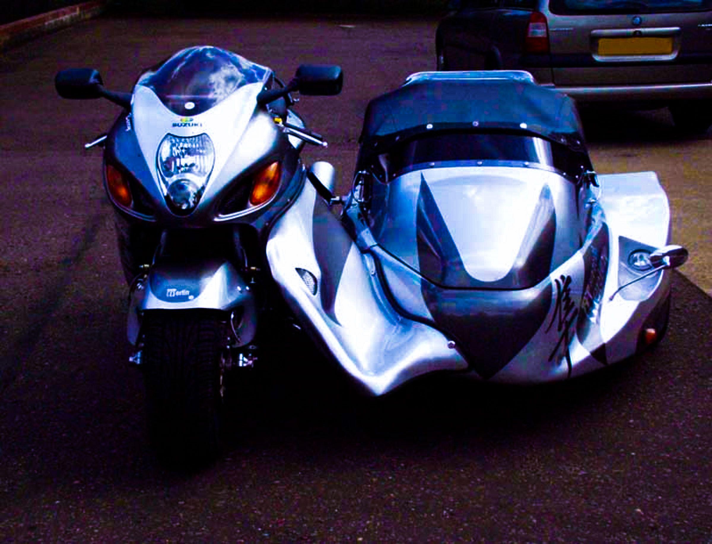 Suzuki Hayabusa + Sidecar. Http://translate.google.co.uk