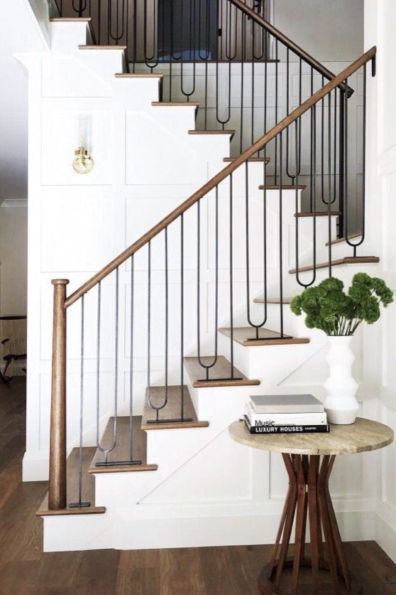 Best Minimal But Stately House Design Staircase Design 400 x 300