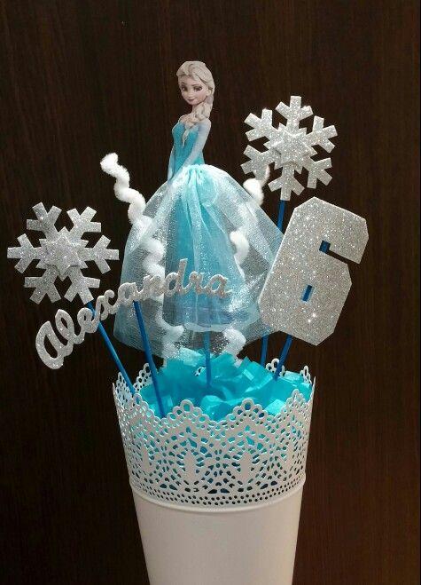 Centro de mesa de Elsa de Frozen para cumpleaos art Pinterest