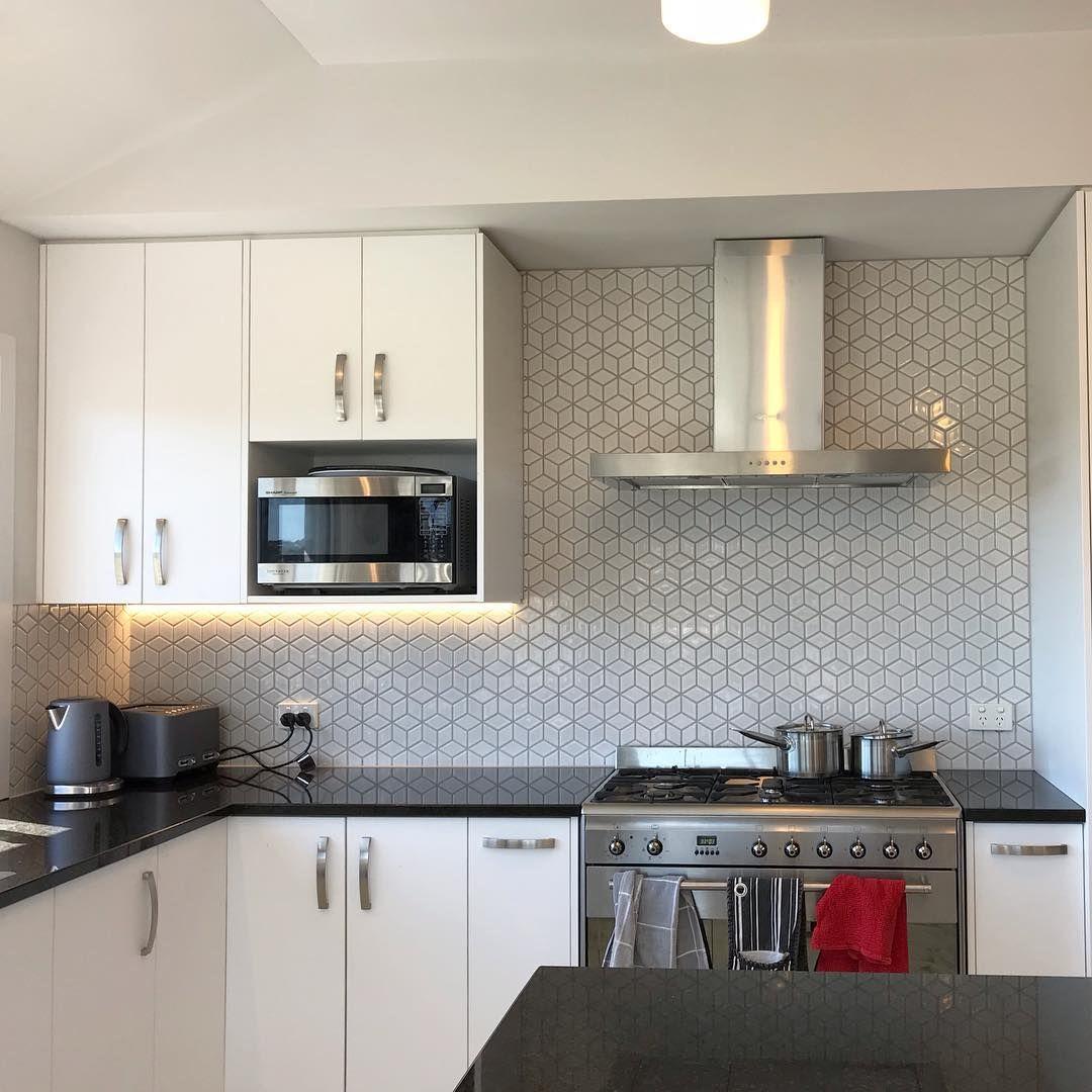 Diamond Patterned Mosaic With A Cube Effect Kitchen Splashback