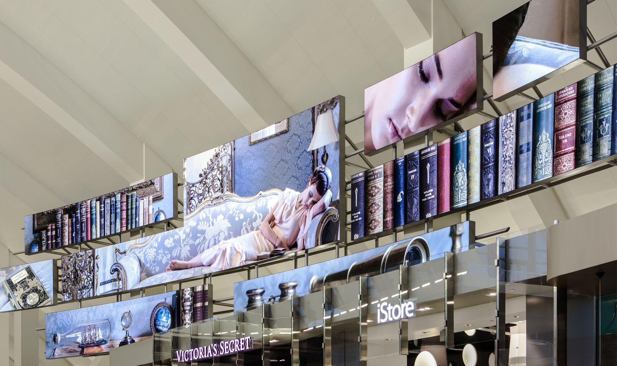 Lax Los Angeles International Airport Moment Factory Project Interactive Design Digital Signage In This Moment