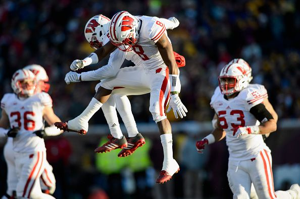 College Football Bowl Picks 2015 16 Game Predictions For Each