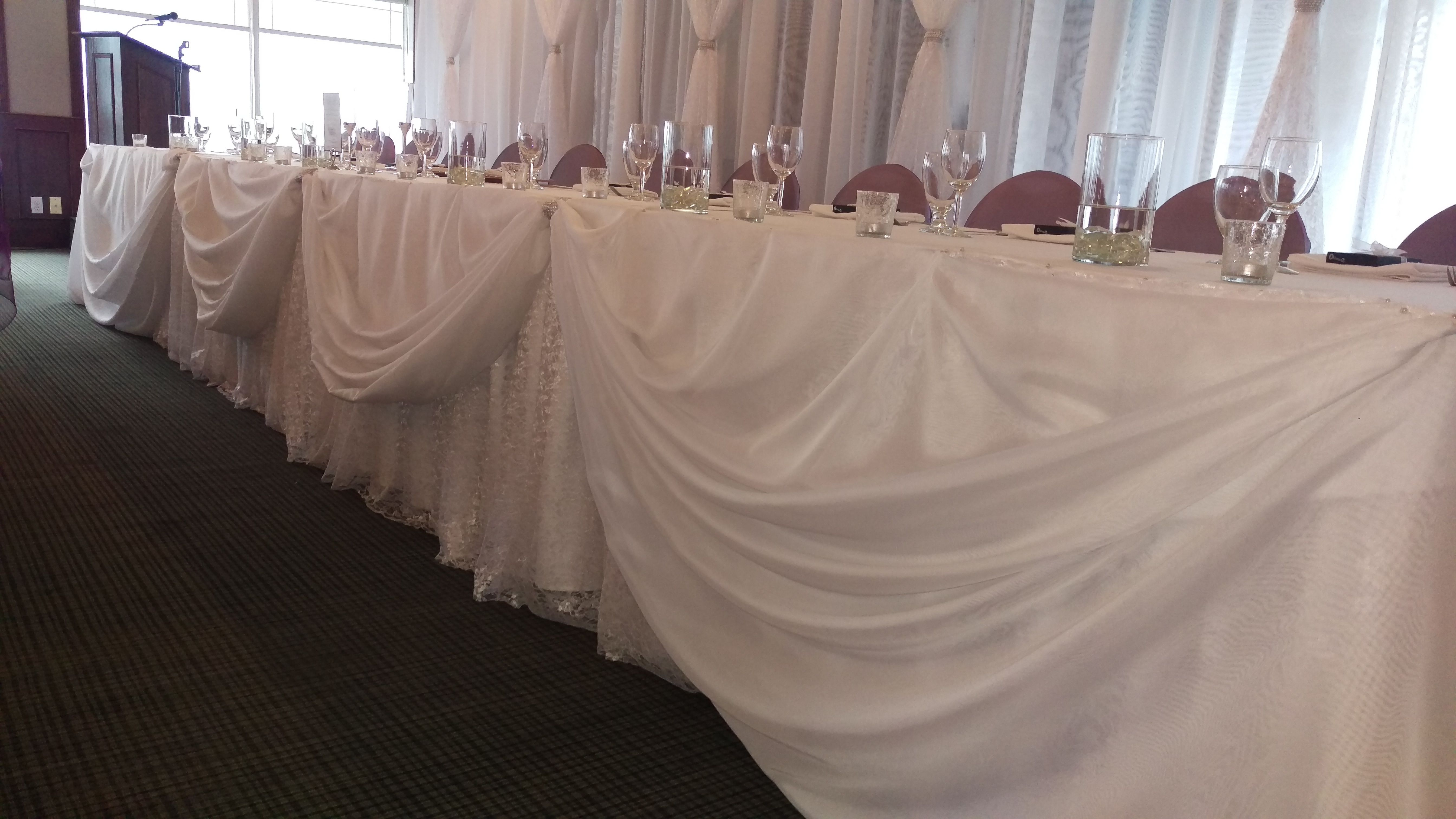 Peek A Boo Sways With Lace Underlay Head Table Decor