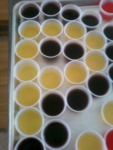 Bloem Ariana 6 5 In H X 6 In Dia Plastic Self Watering Earthy Yellow Planter Ap0623 710094 Yellow Planter Self Watering Blue Planter