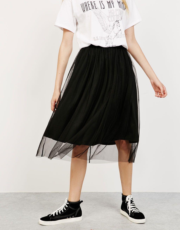 Falda midi tul goma cintura. Descubre ésta y muchas otras prendas en Bershka  con nuevos productos cada semana e5830aeee3a0