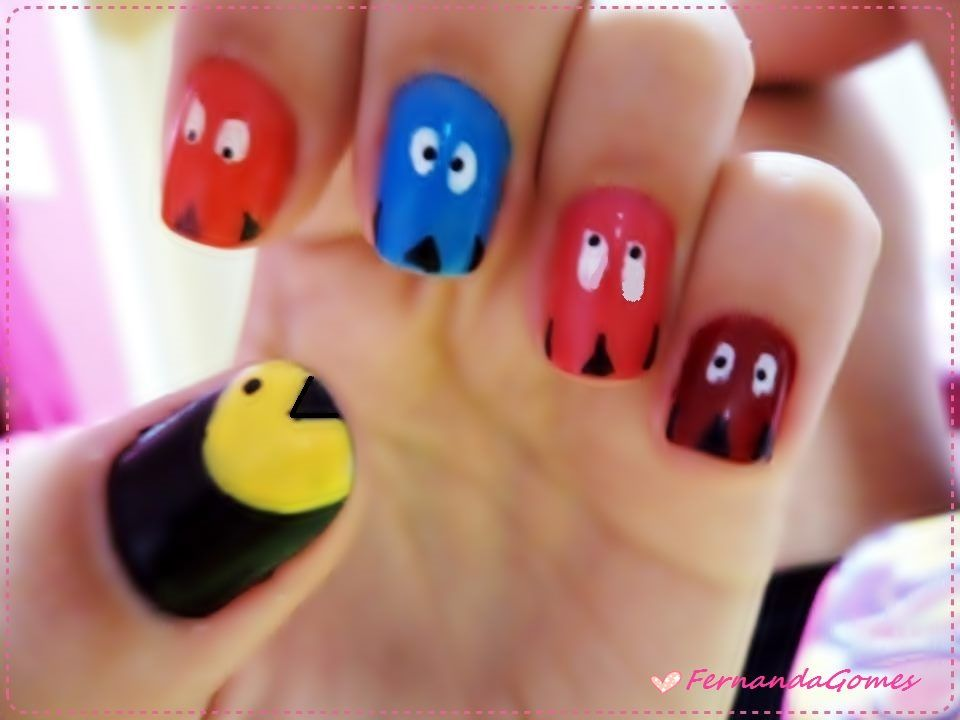 Unhas decoradas pac-man