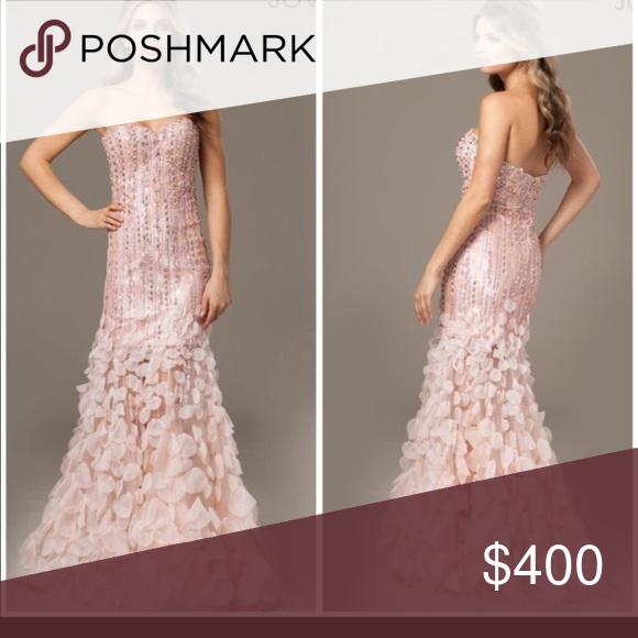 Jovani blush dress size 2 Size 2 preloved condition Jovani