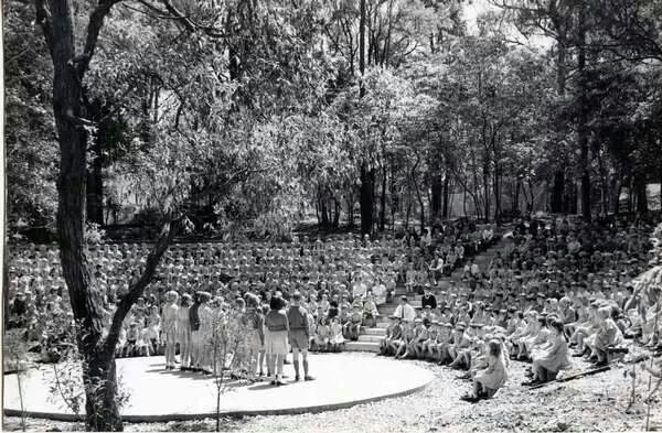 Wahroonga Public School amphitheatre in 1968 A♥W