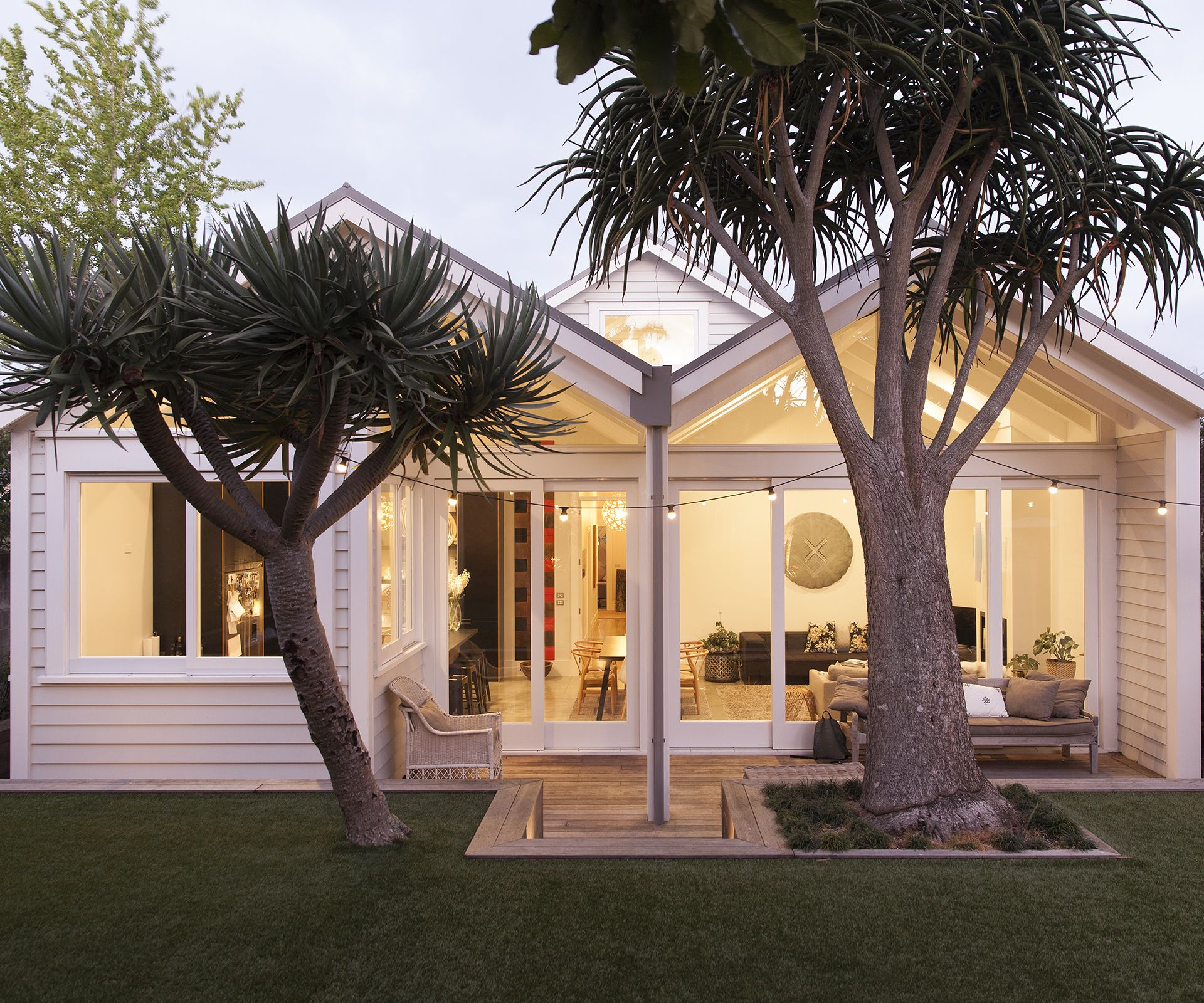 A Clever Gable Manipulation Opens A Bungalow To The Outdoors Bungalow Exterior Facade House Bungalow Renovation