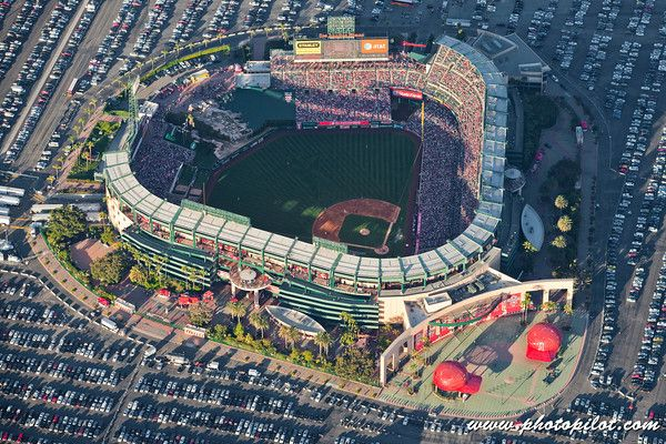Angel Stadium Anaheim Angels Anaheim Ca Seating Capacity 45 477 Anaheim Angels Angel Stadium Mlb Stadiums