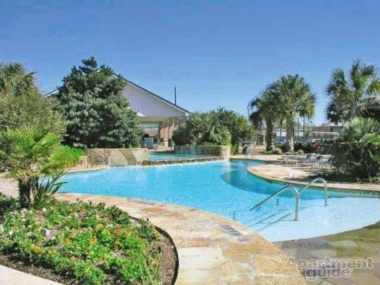 Cityview Place Apartments Houston Tx 77060 Apartments For Rent Spacious Closets Houston Apartment Renting A House