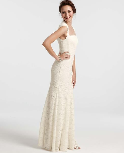 Isabella Lace Wedding Dress Ann Taylor 950 Dresses Wedding Dresses Wedding Dresses Lace