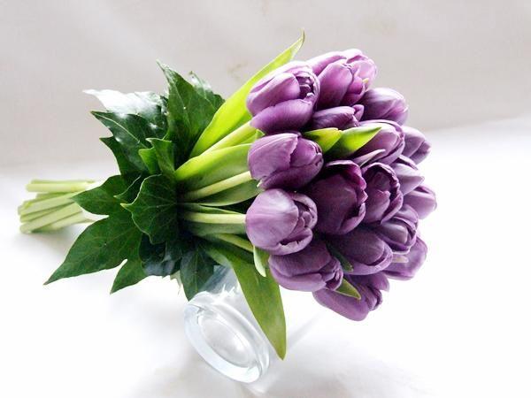 Kết quả hình ảnh cho hoa cưới hoa tulip tím