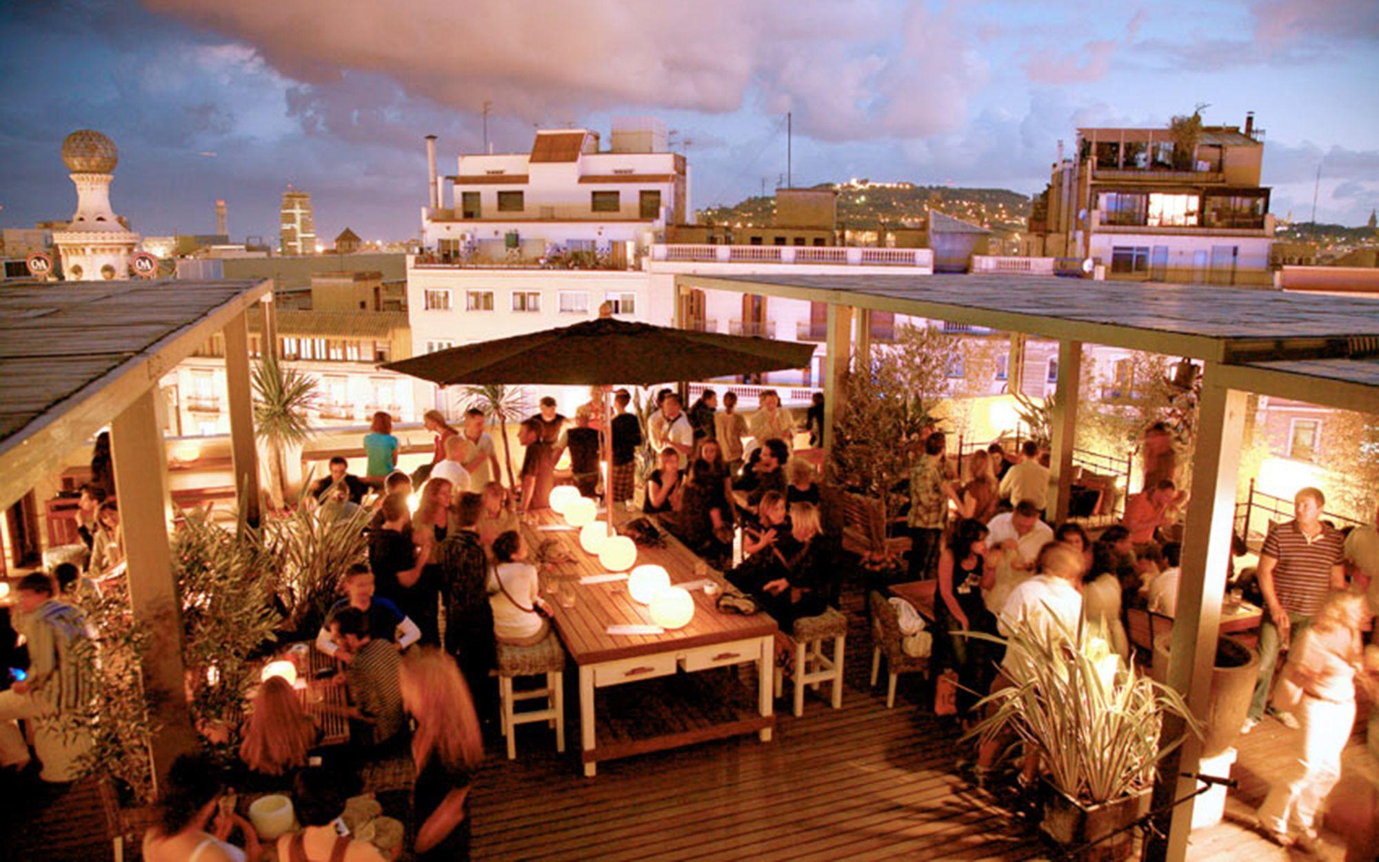 Pulitzer Terrace In 2020 Best Rooftop Bars Barcelona Rooftop Bar Rooftop Bar